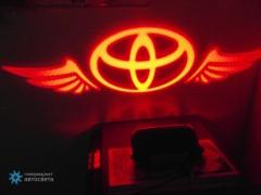 Проектор на бампер с логотипом Toyota