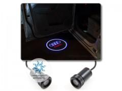 Подсветка дверей автомобиля: проекция логотипа Audi