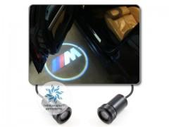 Подсветка дверей автомобиля: проекция логотипа BMW M