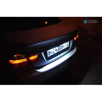 Белая подсветка номера Galaxy для BMW