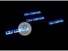 Накладки на пороги с подсветкой HKS